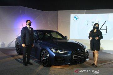 Spesifikasi The New BMW 4
