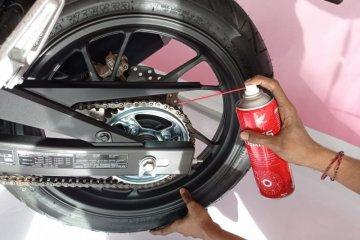 Tips membersihkan rantai pada motor agar maksimal saat digunakan