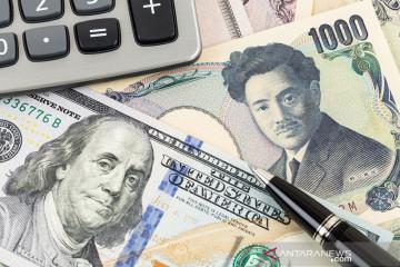 """Yen jatuh ke terendah 4 tahun, dipicu reli saham dan """"yield"""" obligasi"""