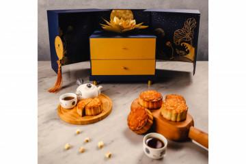 Rayakan Festival Pertengahan Musim Gugur dengan kue bulan teratai emas mewah