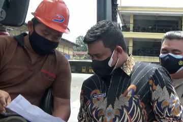 Tegakkan PPKM Darurat, Wali Kota Medan sidak pabrik ban