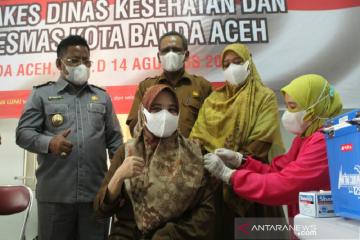 Ketua Dprk Minta Vaksinasi Booster Untuk Nakes Banda Aceh Dipercepat Antara News