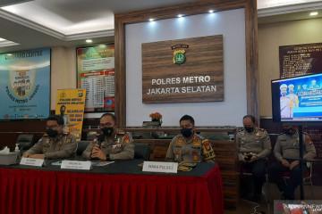 Pengemudi Fortuner berpelat dinas Polri ditetapkan sebagai tersangka