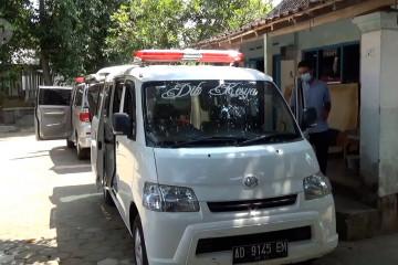 Bengkel di Klaten kebanjiran pesanan modifikasi mobil ambulans