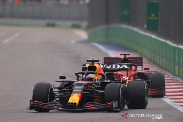 ExxonMobil puji agresivitas Verstappen dan Honda RB16B di Rusia