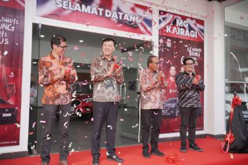 MG buka outlet baru di kota Manado