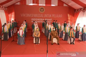 Program vaksinasi bersama Presiden Jokowi diikuti 2.442 orang