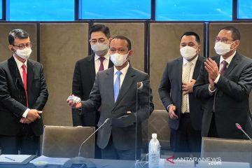 "Foxconn akan investasi kendaraan listrik,Bahlil: Indonesia ""fair play"""
