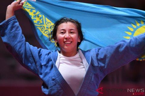 Medali Emas Sambo Putri - 68 Kg Kazakhstan