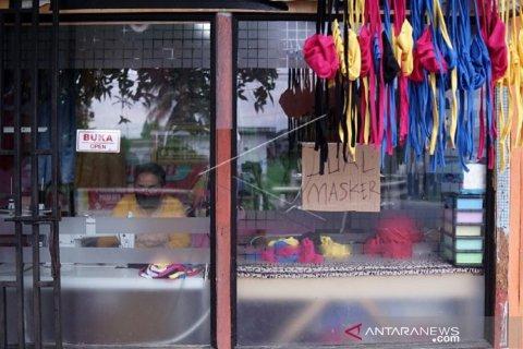 Foto - Warga Gorontalo produksi masker kain harga Rp10 ribu
