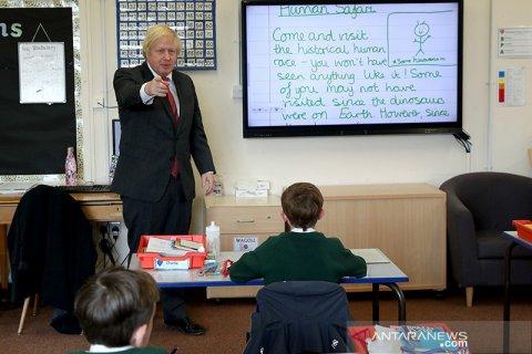 PM Inggris Boris Johnson minta sekolah dibuka kembali pada September