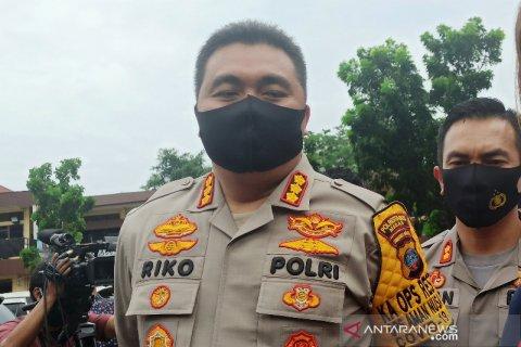 Polisi temukan alat kontrasepsi saat amankan artis H di hotel di Medan