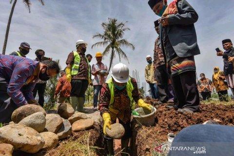 Wali Kota Padangsidimpuan hadirkan rumah produksi olahan salak