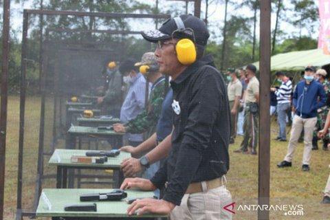 Memperingati HUT Ke-75 TNI, Perbakin dan TNI Babel selenggarakan lomba tembak