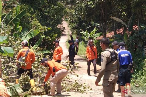 BPBD Cianjur siagakan 400 relawan di wilayah rawan bencana