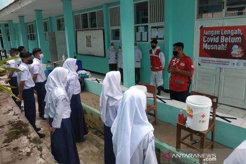 PMI berikan edukasi prokes pada siswa di Sukabumi