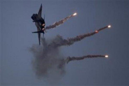 Pertahanan udara Suriah balas serangan Israel