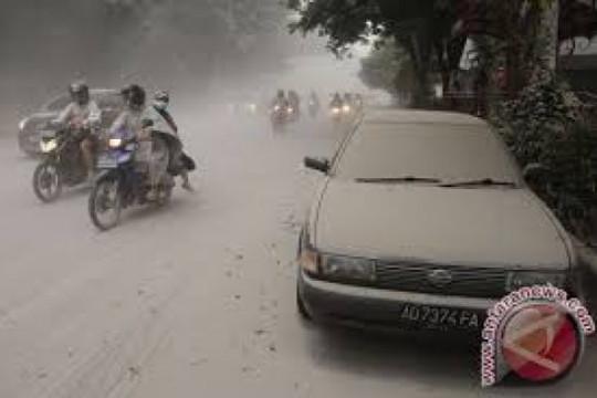 Kopka Subagya Bersihkan Jalan 24 Jam Nonstop