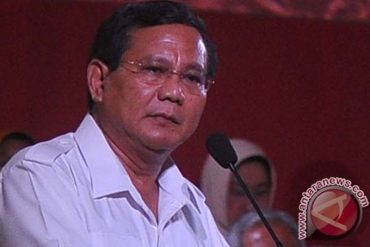 Prabowo Mencoblos di TPS Bojong Koneng