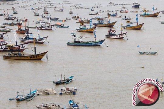 Danlanal Babel Minta Nelayan Jaga Keamanan Laut