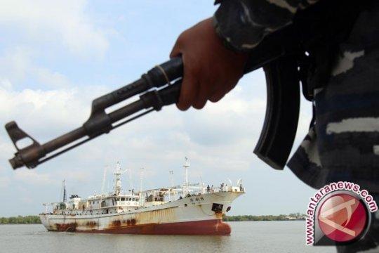 Danlantamal Pantau Prajurit di Pulau Takong Hiu