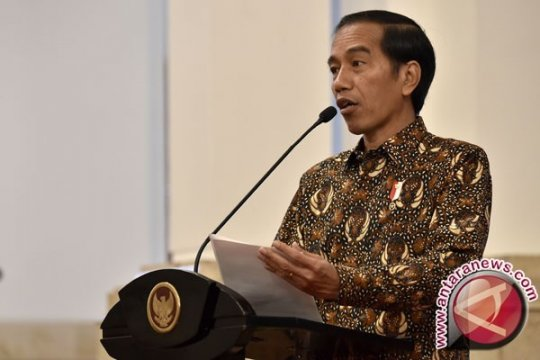 Presiden Bagikan 2.709 Kartu Indonesia Pintar