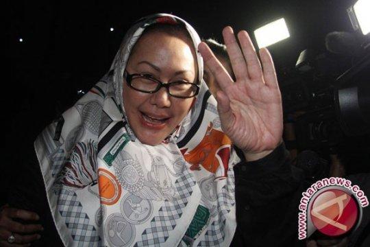 Ratu Atut Peras Anak Buah Rp500 Juta
