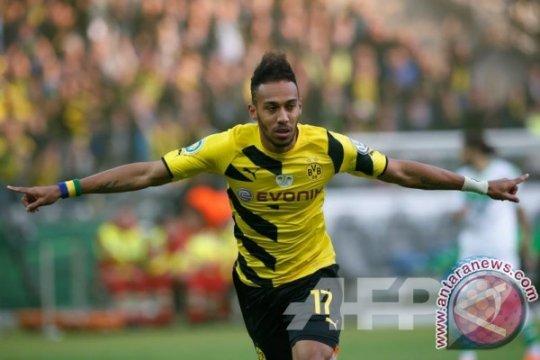 Sementara Dortmund Bidik Piala Jerman, Aubameyang Tengok Pintu Keluar