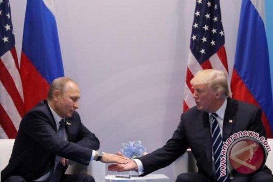 Trump ucapkan selamat ke Putin atas pelantikan sebagai Presiden Rusia