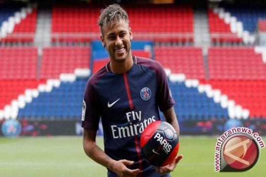 Bos baru PSG Thomas Tuchel obral pujian untuk si seniman Neymar