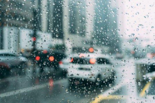 Cuaca buruk landa Albania