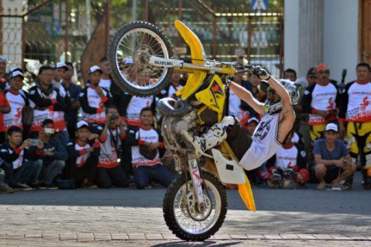 Atraksi Freestyle Motocross