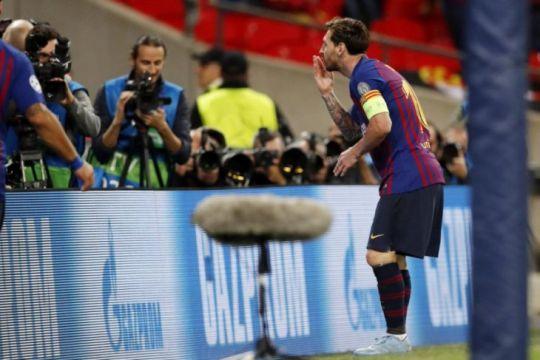 Hasil dan klasemen Grup B, Barca dan Inter masih digdaya