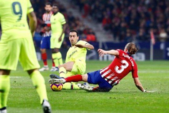 Gol pengujung laga Dembele buat Barcelona imbangi Atletico 1-1