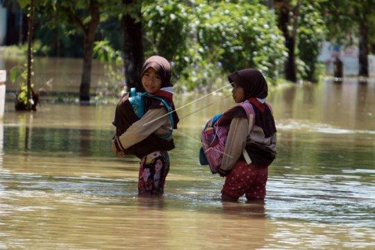 Banjir di Kabupaten Pekalongan Page 1 Small