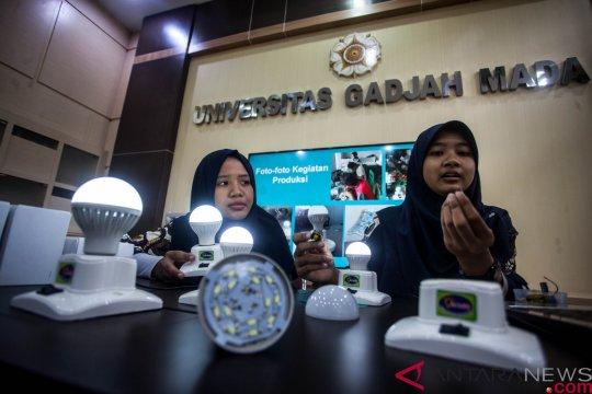 Mahasiswa UGM produksi ribuan lampu darurat buatan sendiri