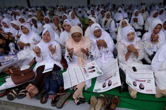 Deklarasi JKSN dukung Jokowi-Ma'ruf Amin Page 1 Small