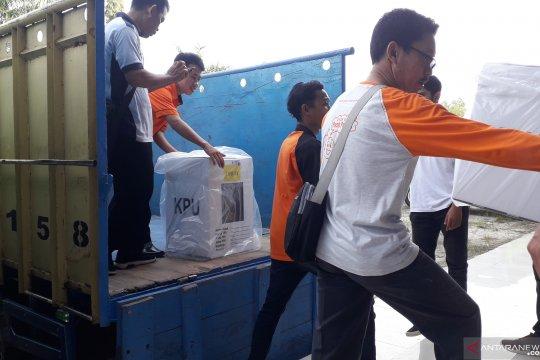 KPU Bangka Tengah distribusikan logistik Pemilu 2019