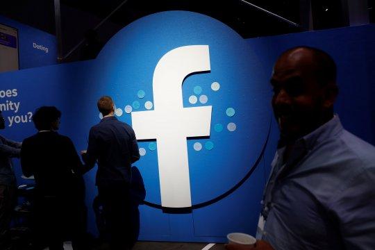 Salah seorang pendiri Facebook kritik Zuckerberg