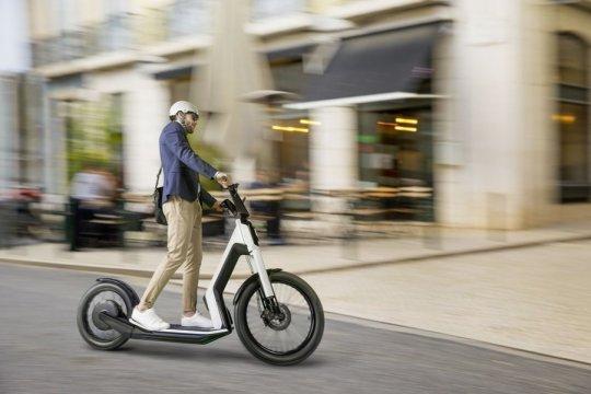 VW bakal produksi e-skuter bareng pabrikan China
