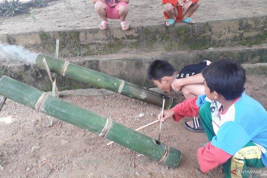 Anak Pangkalpinang gemar bermain