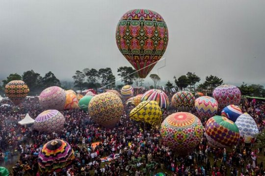Festival balon tradisional Page 2 Small