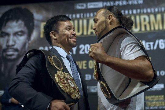 Manny Pacquiao juara welter super WBA usai menang angka dari Thurman