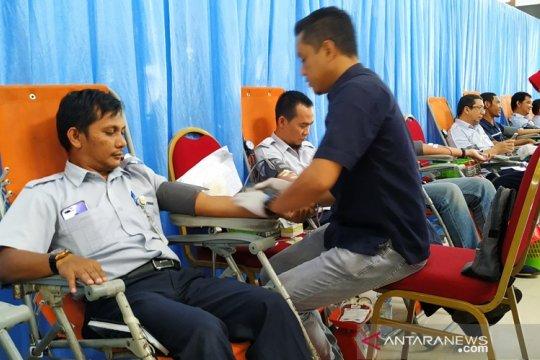 500 karyawan PT Timah donorkan darah