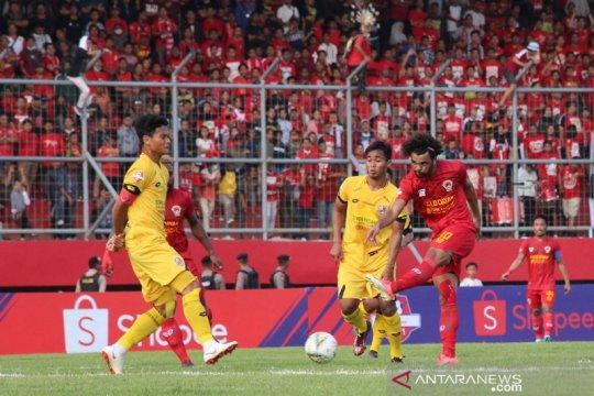 Kalteng Putra Tumbangkan Semen Padang FC Page 1 Small