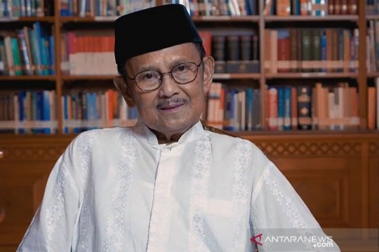 Presiden ketiga RI BJ Habibie meninggal dunia