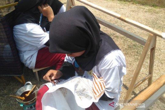 Presiden ajak masyarakat jadikan batik duta budaya Indonesia