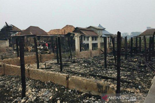 Rumah orang tua Kapolri ikut terbakar saat kebakaran hebat di Palembang