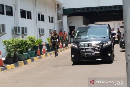 Wiranto datangi Kemenko Polhukam untuk menyiapkan serah terima jabatan