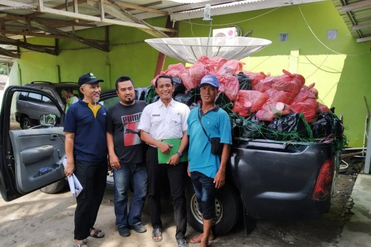 Pemkab Bangka Barat salurkan 600 paket sembako kepada anak yatim
